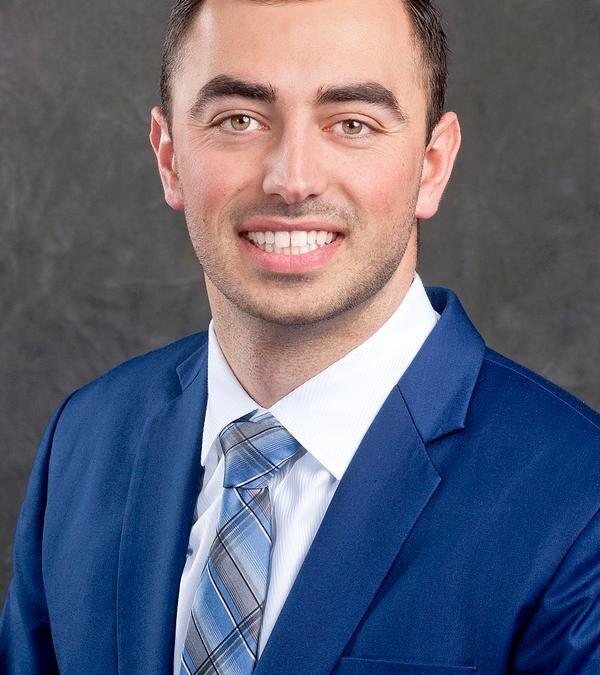 Max Benrud: Edward Jones Financial Advisor Joins MESBA